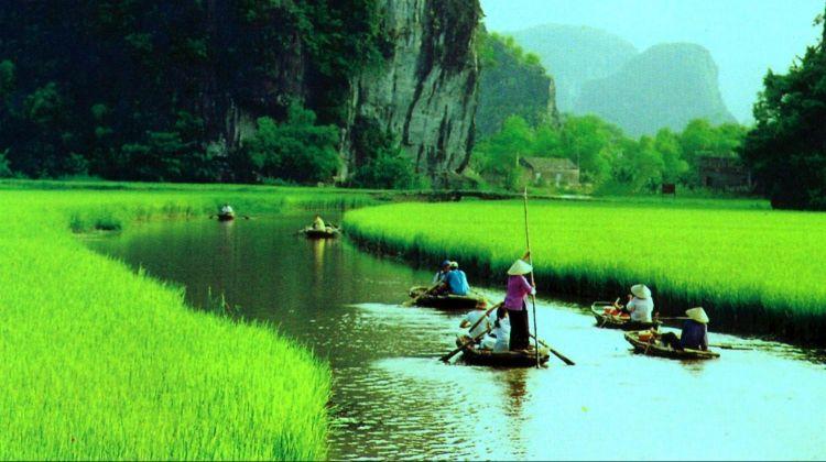 Discover Hanoi, Sapa and Halong Bay - 7 Days
