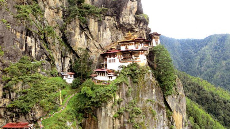 Dragon tour in Bhutan