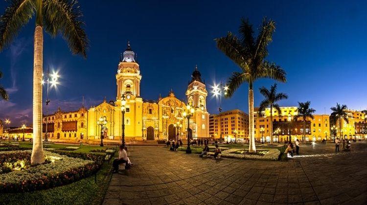 Ecuador Crossing Ways (from Lima)