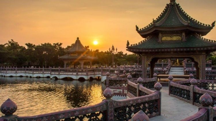 Essence Of China, Private Tour