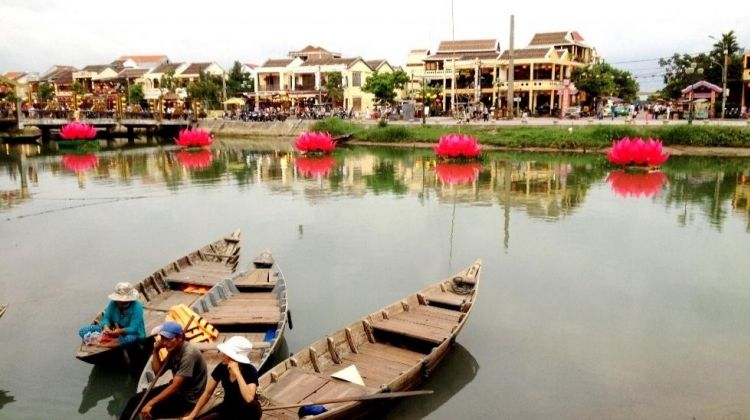 Evening Flavours of Hoi An Tour
