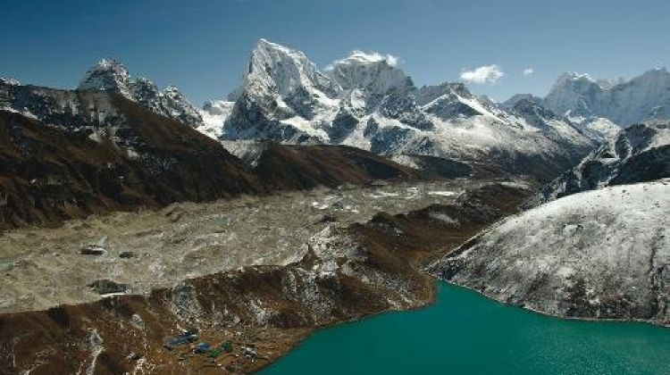 Everest Circuit & the Cho La in Comfort