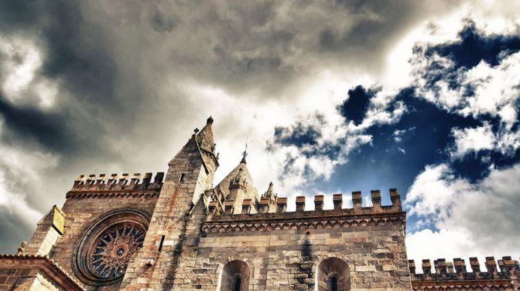 Evora Private Tour From Lisbon