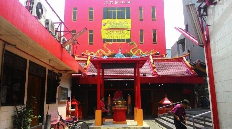 Explore Chinatown in Jakarta