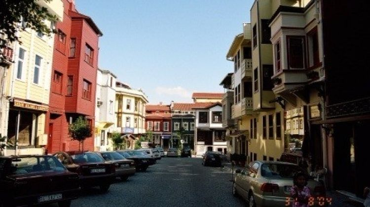 Explore Istanbul Like a Local