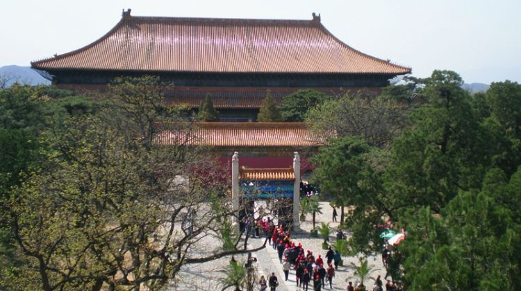Explorer Day: Great Wall, Ming Tombs, Chinese Tea & Jade