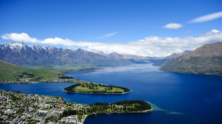 Exploring New Zealand featuring the North & South Islands