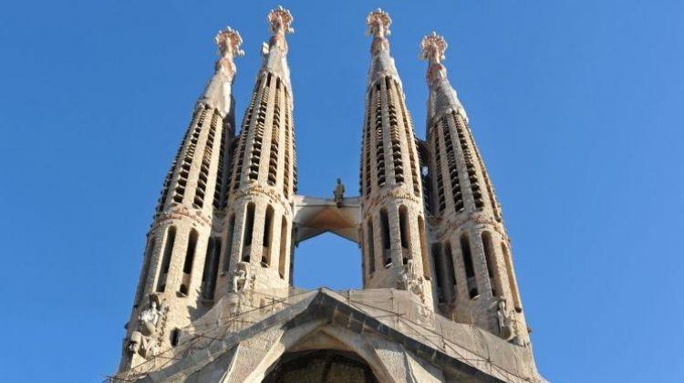 Fast Track Guided Sagrada Familia Tour including Towers