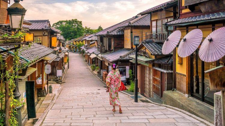 Food & Art: A Cultural Tour Of Japan