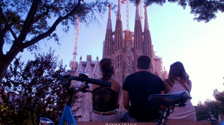From Gothic to Modernism Bike Tour