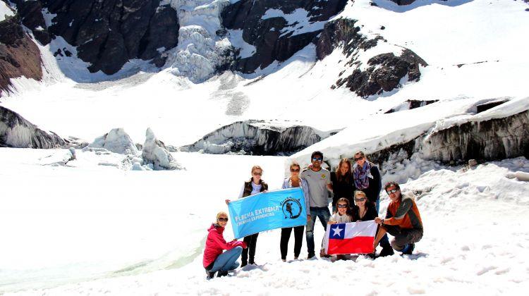 Full Day Glacier Hike + Volcano Hot Springs