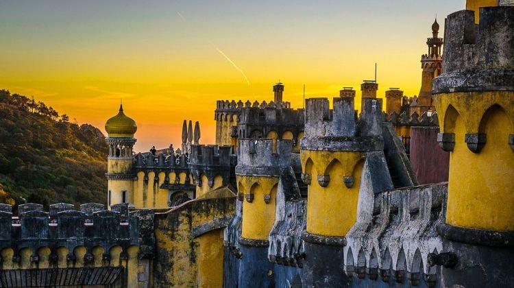 Genuine Sintra, Cascais, Cabo da Roca & Estoril Tour