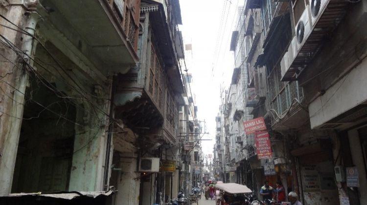 Golden City Walking Tour: Culture, Cuisines & More