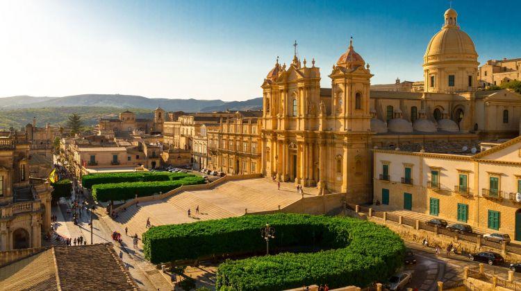 Grand Tour of Sicily: Culture, Wine & Nature
