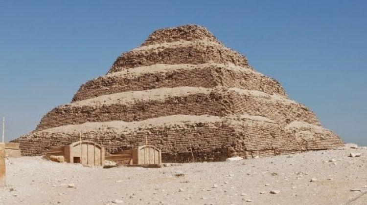 Half Day Tour to Memphis Sakkara and Dahshur Pyramids
