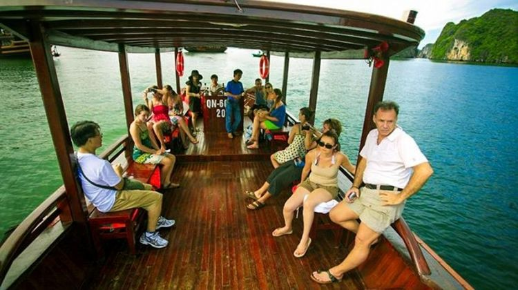 Halong Bay Cruise 2D/1N