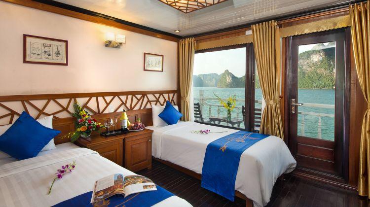 Halong Bay Cruise - 3 days incl Kayking