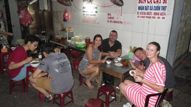 Hanoi Street-food Walking Tour - Sharing Small Group