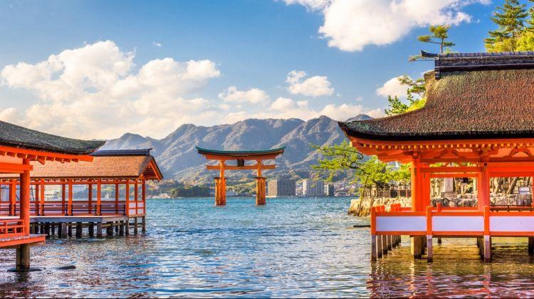 Hiroshima Peace And Prayers By Bullet Train from Osaka