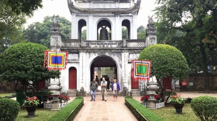 Historic Highlights of Hanoi Tour