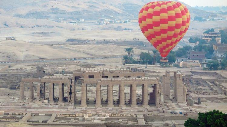 Hot air balloon ride in Luxor