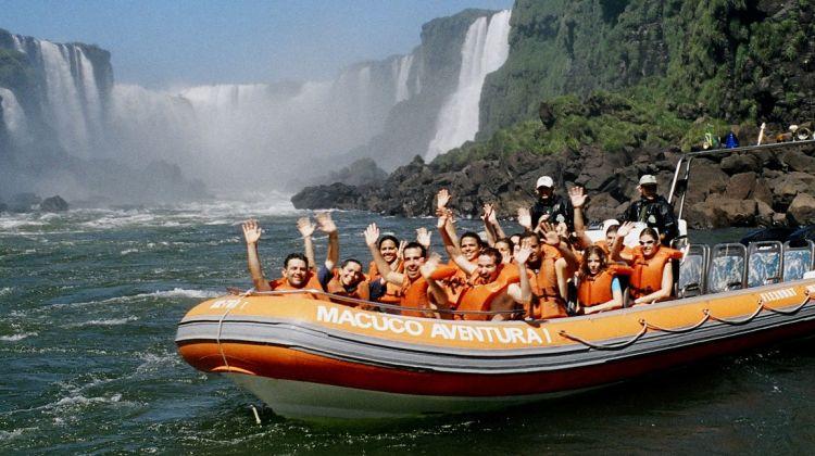 Iguassu falls great adventure - 8 hs