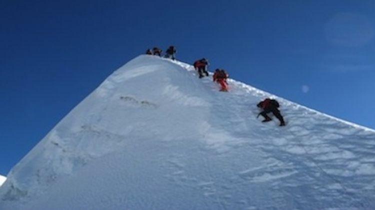 Island Peak With Everest Base Camp