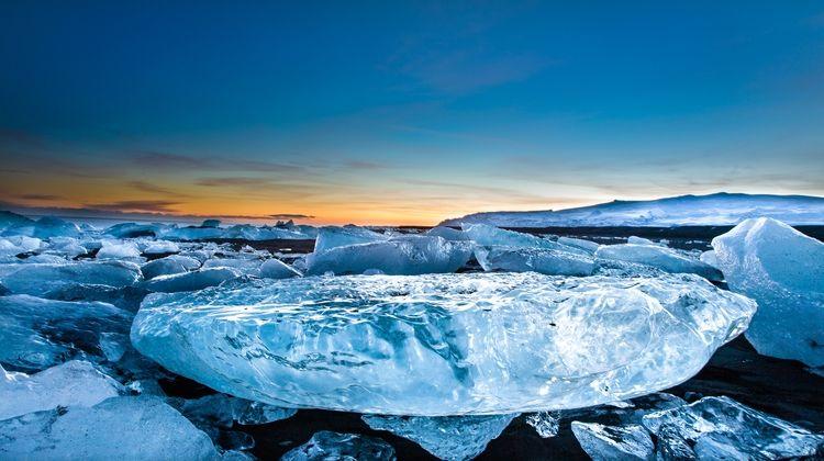 Jokulsarlon Glacier Lagoon Diamond Beach Tour By Bustravel Iceland
