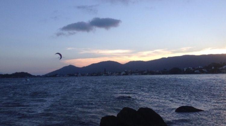 Kitesurfing in Florianópolis