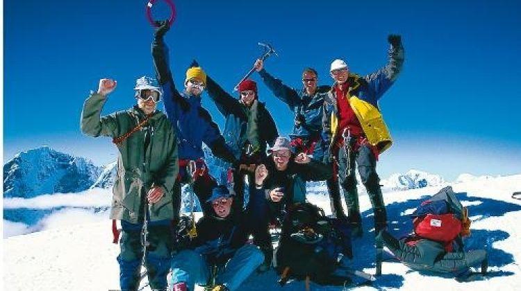 Lobuche East & Pokalde Peak