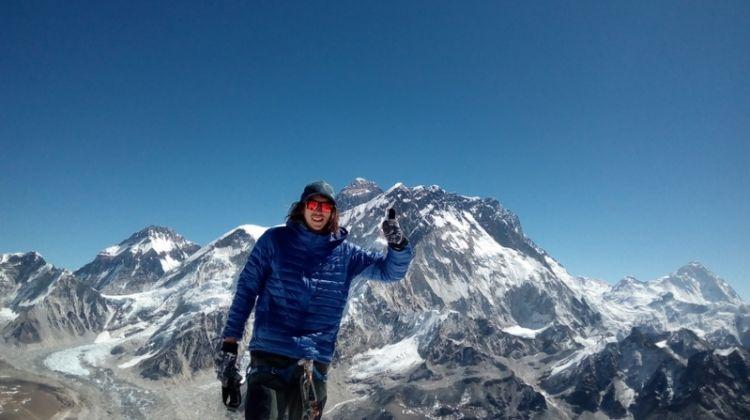 Lobuche Peak with the Everest Base Camp Trek