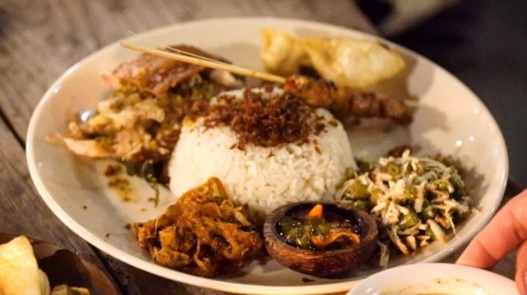 Lonely Planet Experiences: Bali 'Eat Street' Local Food Tour
