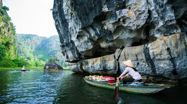 Lonely Planet Experiences: Citadels, Karsts & Cycle in Ninh Binh
