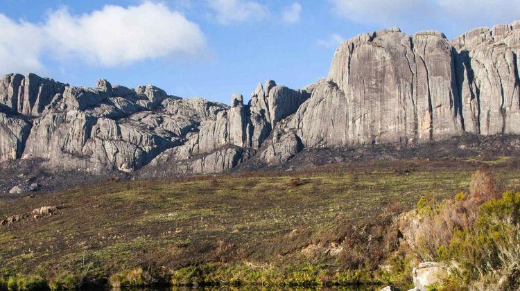 Madagascar: Hike & Bike
