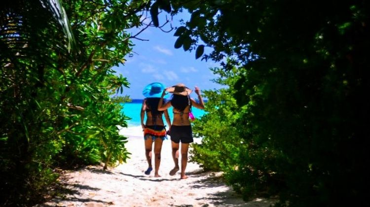 Maldives Private Paradise & Local Life 6D/5N