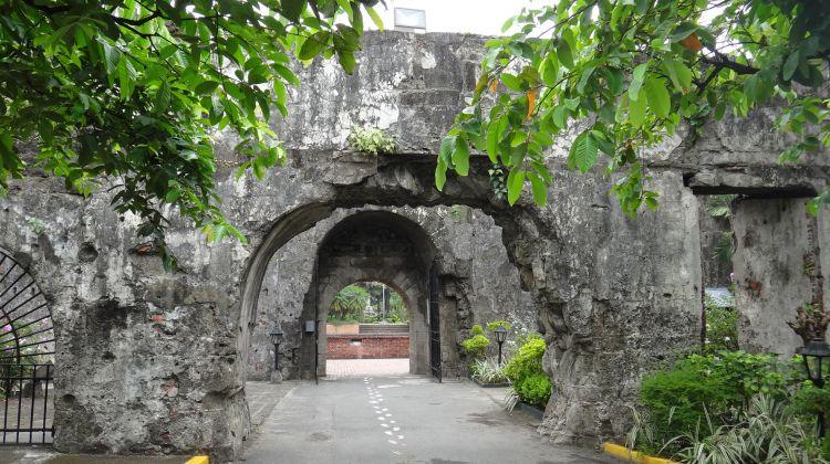 Manila City Tour Tagaytay Ridge Combo from Manila
