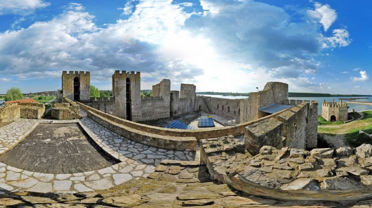 Medieval capital and Roman legacy