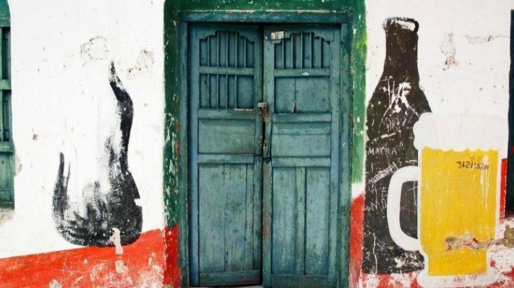 Mexican Night Out: Cantinas, Mariachi & Lucha Libre
