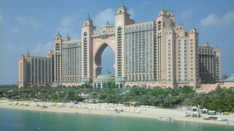 Modern Dubai Tour with Burj Khalifa Ticket