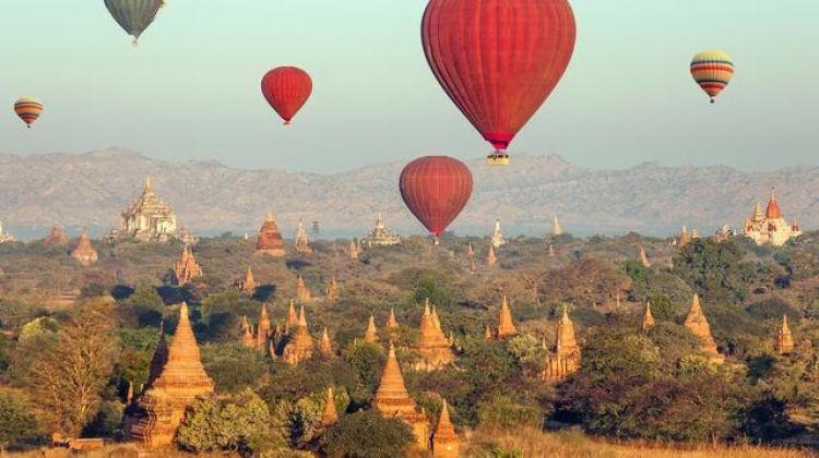 Myanmar: Hilltribes & Sunrises