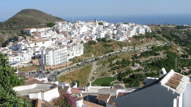 Nerja & Frigiliana Tour From Malaga