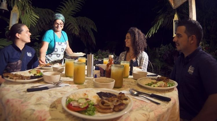 Nocturnal Experience & Costa Rican Dinner