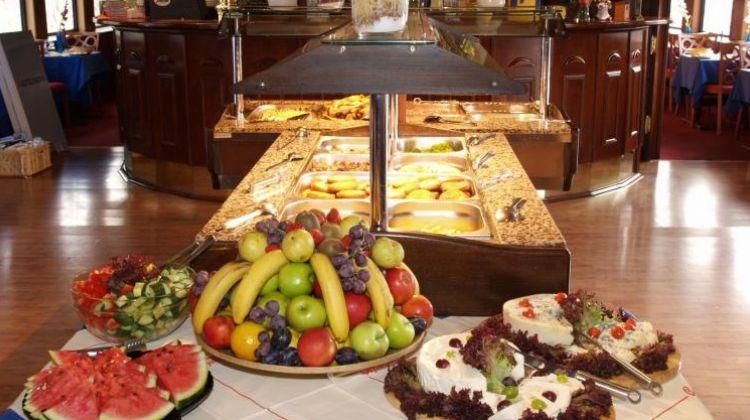 Open Buffet Istanbul Dinner Cruise