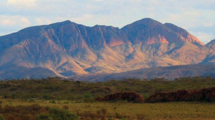 Outback Camping Adventure ex Yulara