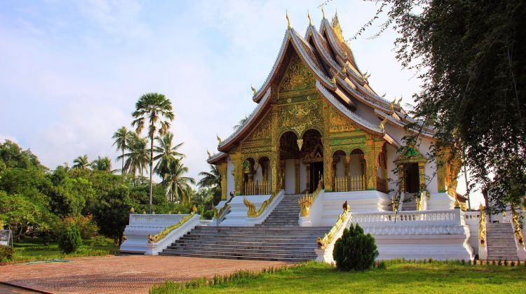 Pak Ou Caves and Luang Prabang Bike Tour