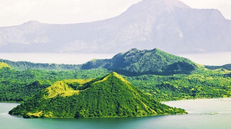 Panoramic Tagaytay Ridge Tour from Manila