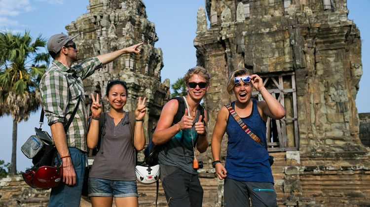 Phnom Penh Killing Field and Temples Full Day Tour