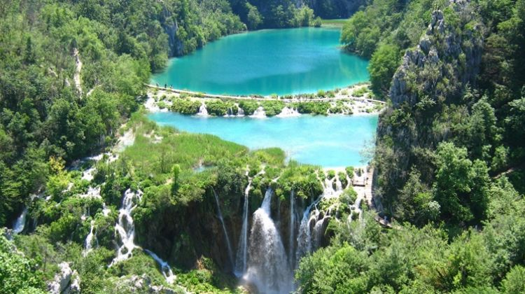 Plitvice lakes tour from Split and Trogir