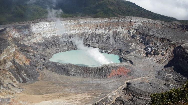 Poas Volcano - La Paz Waterfalls Private Tour