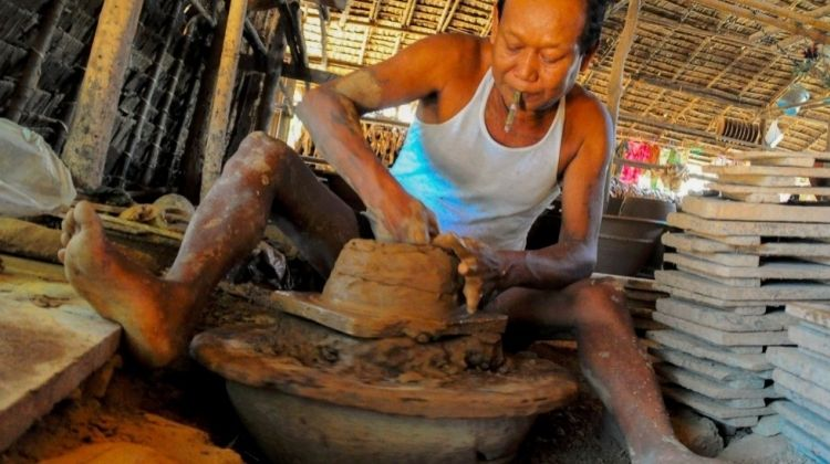 Pottery Classes and Sightseeing in Yangon